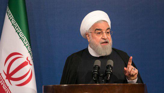 Photo of حسن روحانی در مراسم آغاز سال جدید تحصیلی دانشگاه و مراکز علمی و پژوهشی در دانشگاه تهران: