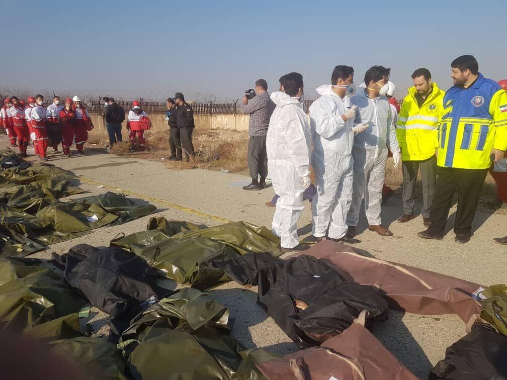 Photo of پیکر ۱۱۰ شهید سقوط هواپیمای اوکراینی تحویل خانوادههایشان شد
