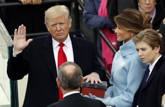 دموکرات ها: ترامپ سوگند خود را شکسته است