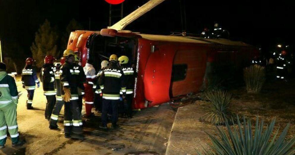 تصویر از 28 کشته و زخمی در واژگونی اتوبوس در اصفهان