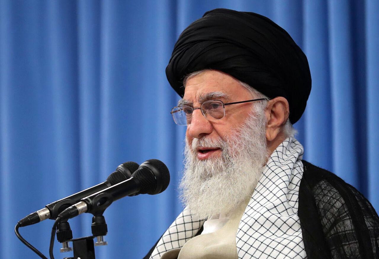 تصویر از رهبر انقلاب: دیشب یک «سیلی» به آمریکا زده شد؛ «انتقام» بحث دیگری است