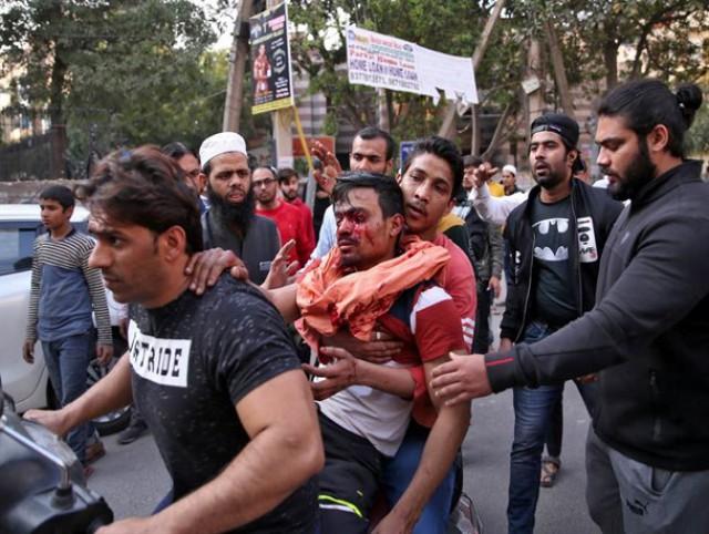 تصویر از 210 کشته و مجروح در اعتراضات هندیها به سفر ترامپ