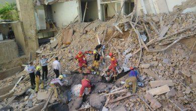 تصویر از یک کشته بر اثر ریزش ساختمان مسکونی در تهران