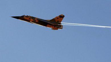تصویر از جنگنده های ارتش حفتر مواضع دولت وفاق لیبی را بمباران کردند