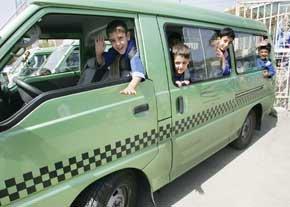 تصویر از آغاز ثبت نام رانندگان سرویس مدارس از فردا